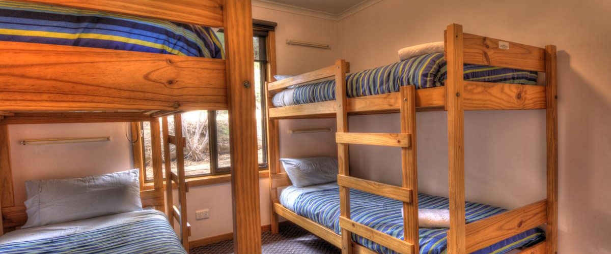 Big4 Iluka on Freycinet Holiday Park - Self Contained Holiday Unit - Bedroom 2
